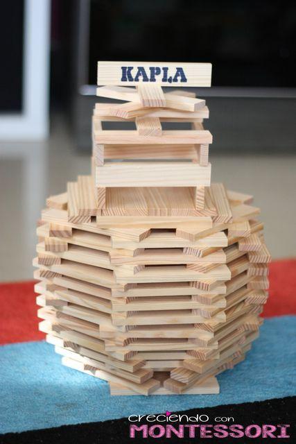 Construyendo con Kapla | Creciendo con Montessori