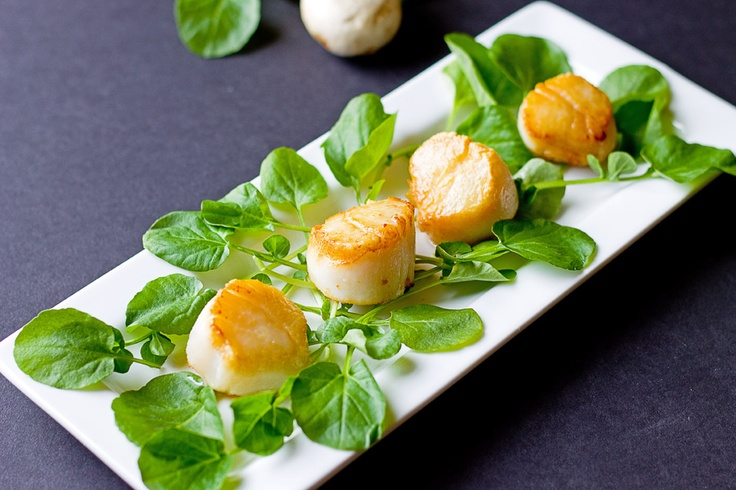 The Midnight Baker: Pan Seared Scallops