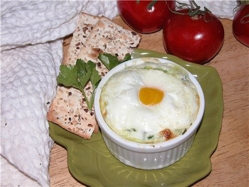 ЯИЦА СО ШПИНАТОМ 250г шпината 2 ст ложки сливочного масла 1 чашка синего сыра измельчённого (я брал...