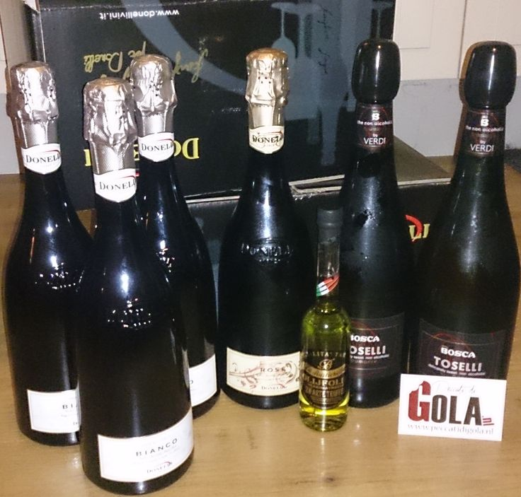 2016 beginnen we met een zending naar Liempde met de mooie flessen van de alcoholvrije mousserende Rosé en Wit van Donelli en Bosca + een heerlijke Truffel olijfolie!  http://www.peccatidigola.nl/wijn/mousserende-wijn-alcoholvrij