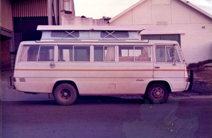 Trakka Toyota Coaster motorhome #vanlife