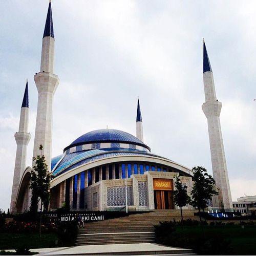 Ahmet Hamdi Akseki @Ankara Bu @Ankara karesi için takipçimiz...