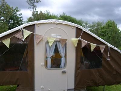 Dandy folding c&er vintage style complete makeover 4/5 berth & 37 best Dandy Project images on Pinterest | Trailer tent Beetle ...