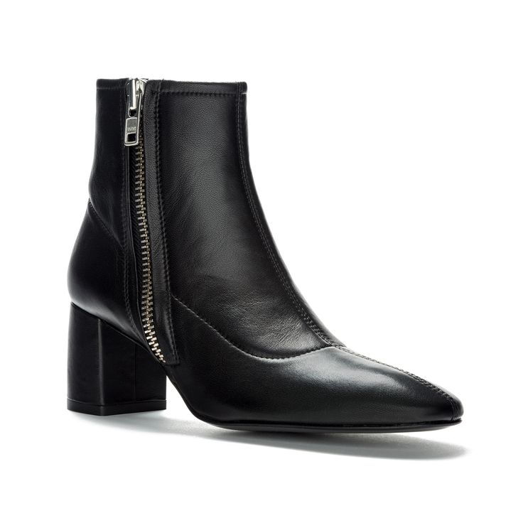 BIMBA Y LOLA black-coloured leather ankle boot. From the Drag Racer Collection, with details inspired by motor cars such as padded fabrics, natural le