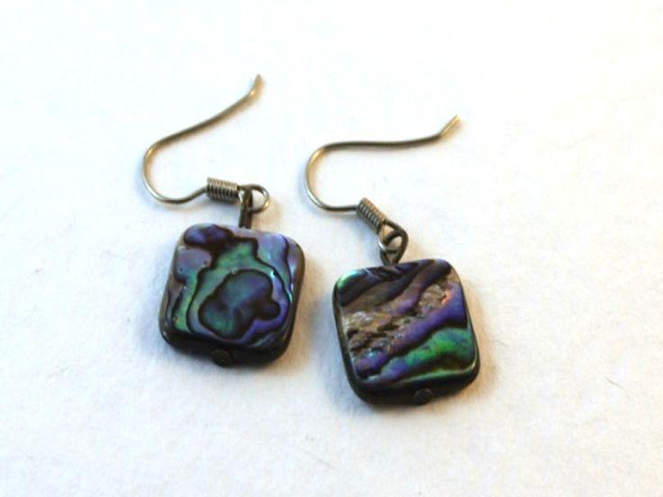 Handmade shell earrings. DIY jewelry made simple!