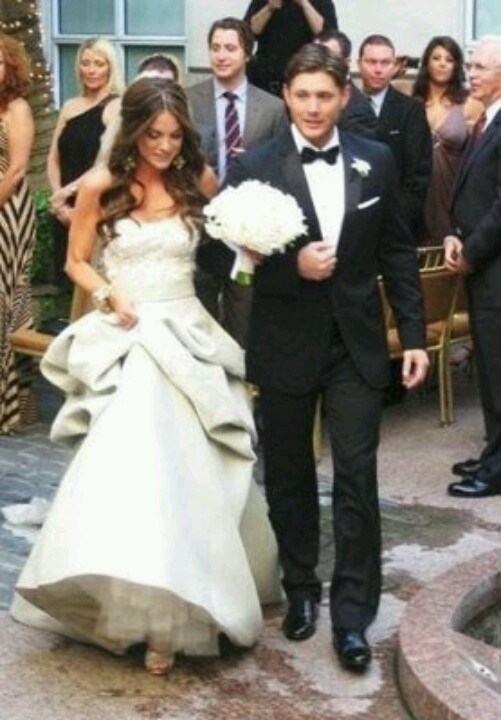 Jensen Ackles and Danielle Harris | Celebrity weddings ... Hilarie Burton Wedding Ring