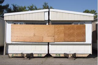 How to Join Two Single Wide Mobile Homes Into a Doublewide | eHow
