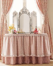 sweet skirted vanity: Sweet Skirts, Skirts Vanities Tables, Pink Dresses, Venetian Mirror, Dresses Tables, Pretty Pink, Pink Skirts, Romantic Skirts, Bedrooms Ideas