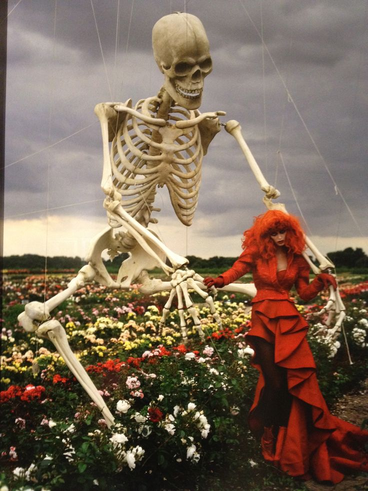 Tim Walker photo: Malgosia Bela under spell of giant skeleton. Fashion: Nina Ricci. Kings Seeds, Colchester, Essex, 2009