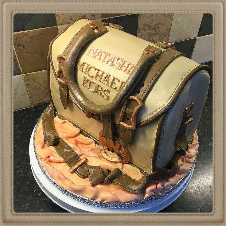Michael Kors cake - vanilla sponge