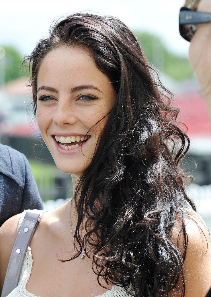 Kaya Scodelario hair