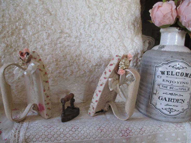 """Fers à repasser anciens relookés """" Coup de coeur Shabby chic """" : Accessoires de maison par au-grenier-cosy"""