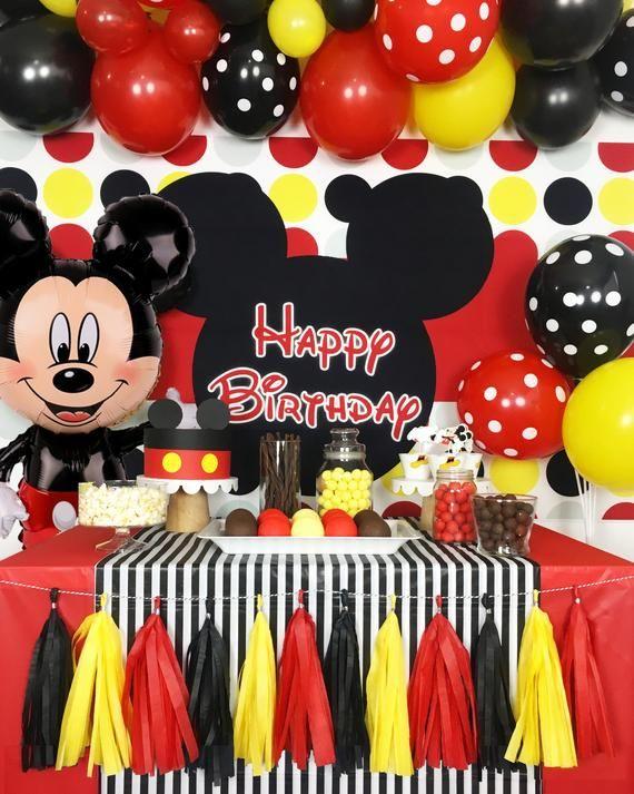 Mickey Mouse Themed Birthday Decoration  from i.pinimg.com