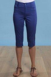 @Naomi Rondinelli en satin extra fin en 97 % coton 3 % élasthanne. Le Wetar disponible à la boutique #Sugar #Hossegor