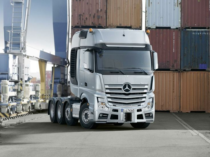Mercedes-Benz SLT Actros and Arocs World Premiere On January 28 | Fly-Wheel