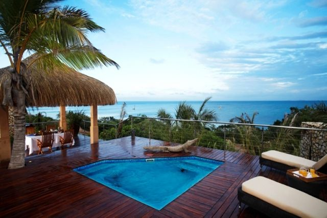 Bush & Beach  http://www.africanwelcome.com/south-africa-honeymoon-safari-south-africa/honeymoon-packages/bush-beach-kruger