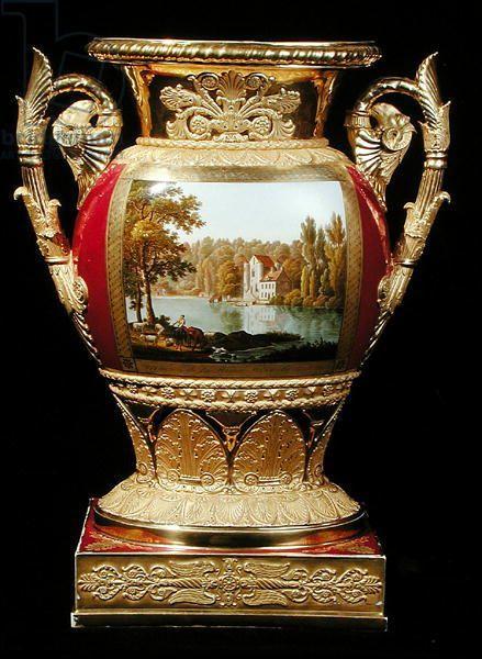 Váza * porcelán s dekorací zámku  prince de Conde, r. 1825 Francie.