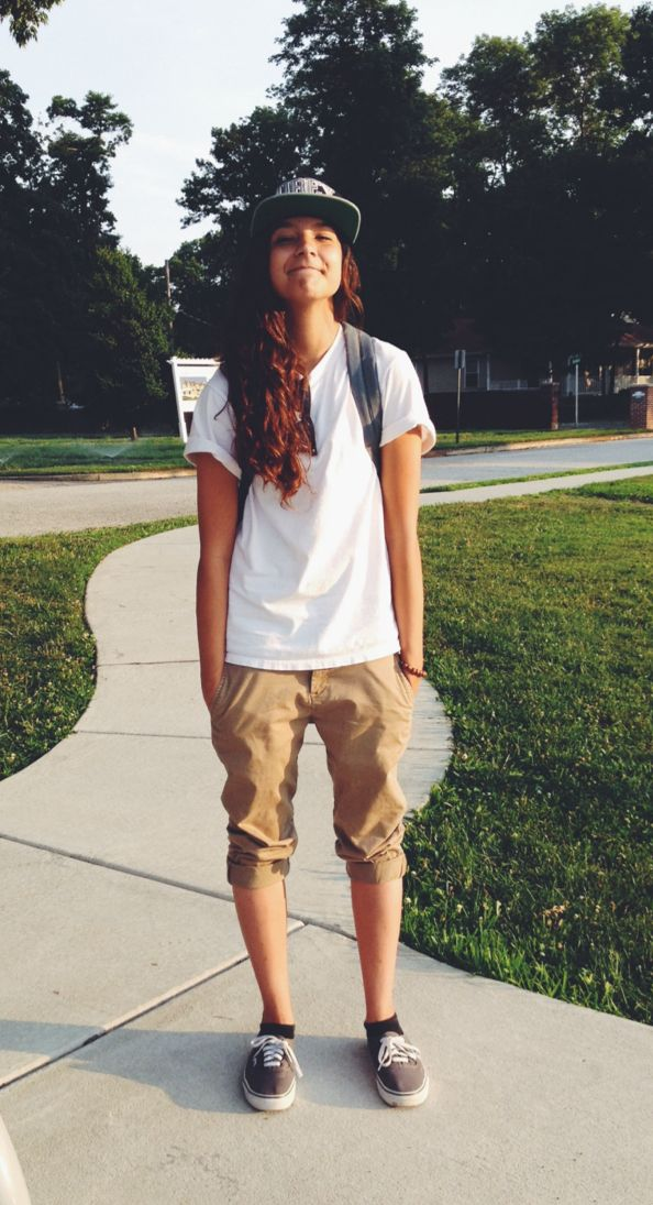 Khakis, all day every day | This outfit is soo laid back and casual,even though it's setting a male would wear..girls can totally rock it...especially with the hat and shoes - skater girl outfit