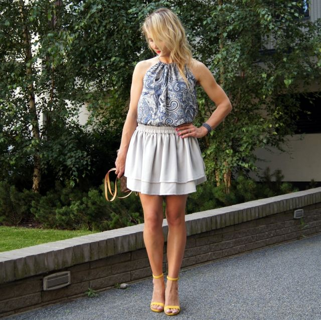 Kobieca spódnica Samba w modnym kolorze - popielaty szary. www.icobel.com