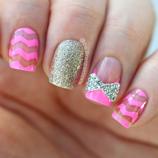 Chevron Nails With a Cute Bow Accent | Pink Chevron nail, sparkle/glitter nail, cute bow | pink nails, cute, girly, manicure, DIY