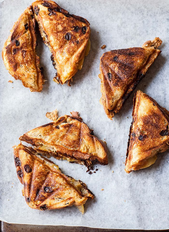 caramelized pear and gorgonzola toasties.