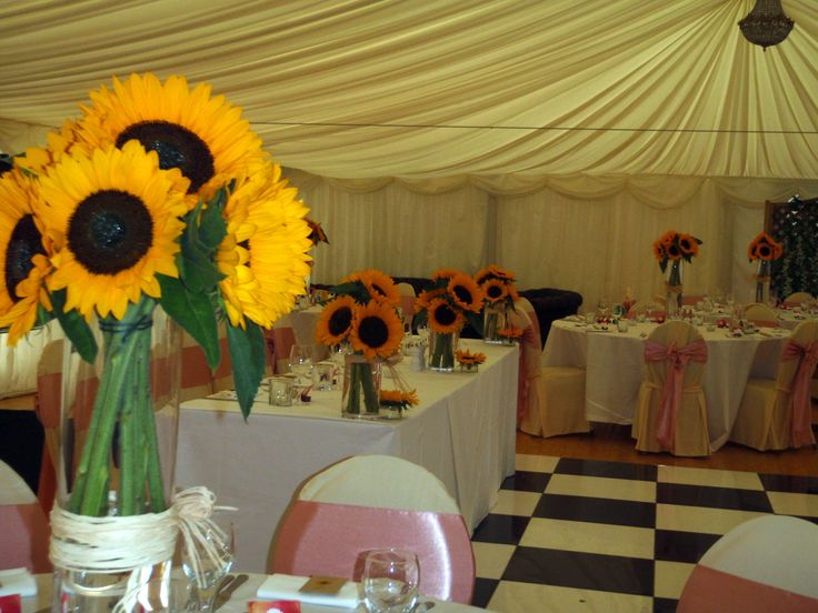 Sunflowers galore for Sunflower Wedding Theme