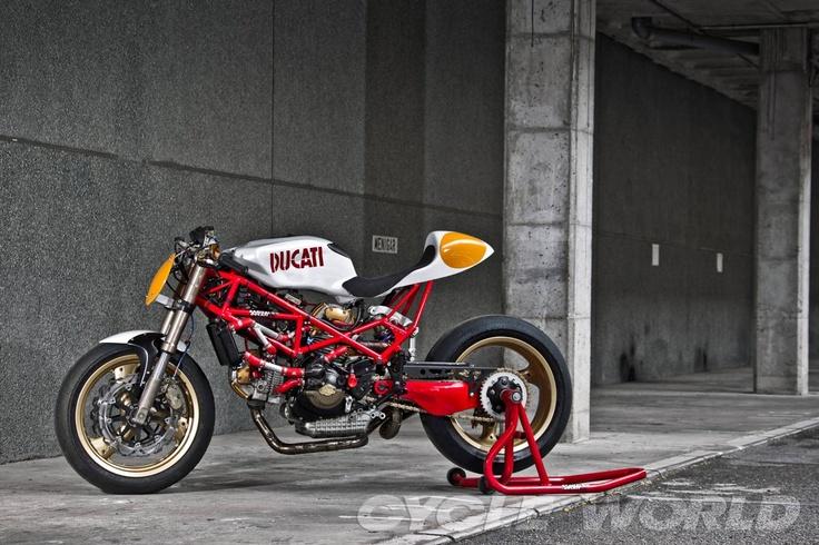 Radical Ducati S.L.: 9 ½ goes to France - via Radical Ducati