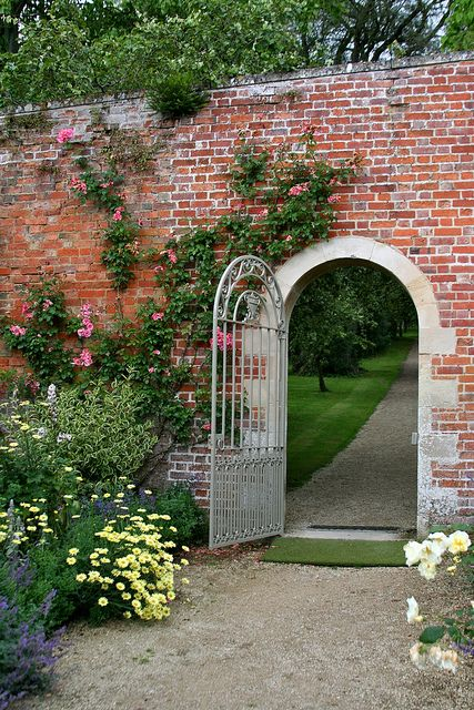 Walled garden-    Buscot Park, Faringdon, Oxfordshire