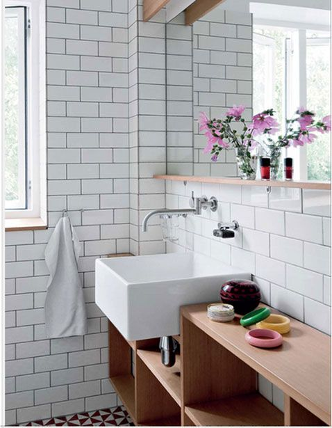 Les 123 meilleures images propos de d co salle de bain bathroom sur pint - Deco carrelage blanc ...