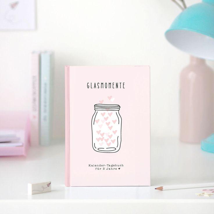 Du wirst bestimmt staunen, was sich in einem Jahr alles ändern kann.. Halte alle deine Erlebnisse in unserem Glasmomente Tagebuch fest!
