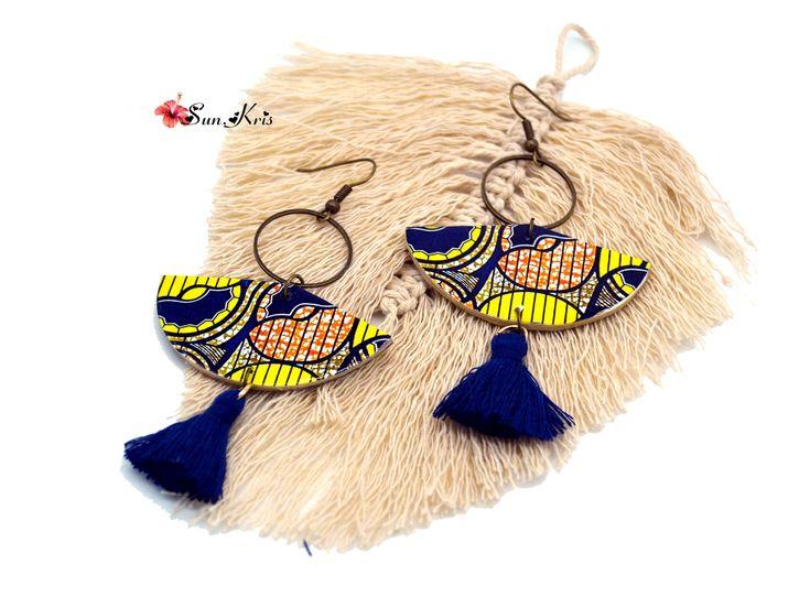 Ethnischer Pompon der Papierohrringwachslendentuch-Afrikanerfächerformgelb-orange-blauen Schmuckfrau