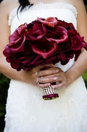 burgandy wedding flower bouquet, bridal bouquet, wedding flowers, add pic source on comment and we will update it. www.myfloweraffair.com can create this beautiful wedding flower look.