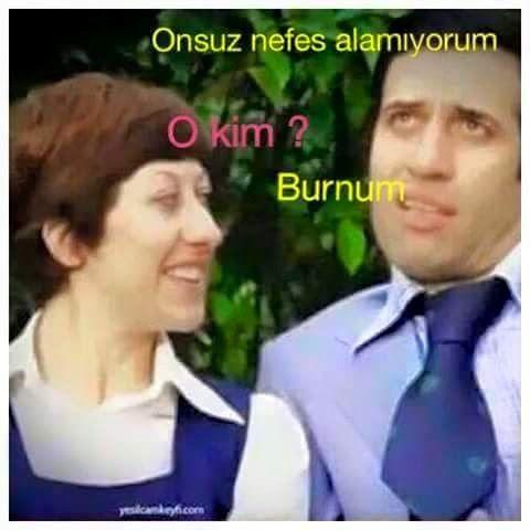 - Onsuz nefes alamıyorum. + O kim? - Burnum. #mizah #matrak #komik #espri #komik #şaka #gırgır #sözler #güzelsözler #komiksözler
