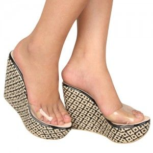 Selop Naima Hitam IDR270000 SKU Ninetynine 8513 Size 36-40 heels 9 cm high heels-wedges-selop  Hubungi Customer Service kami untuk pemesanan : Phone / Whatsapp : 089624618831 Line: Slightshoes Email : order@slightshop.com