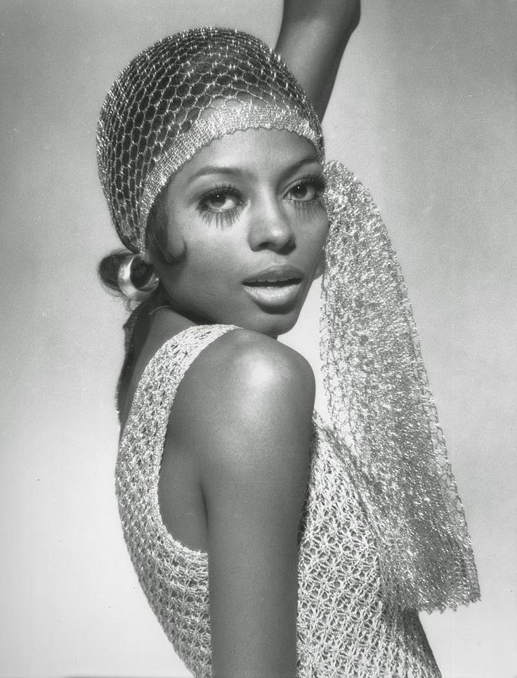 Singer Diana Ross photographed by Michael Ochs.Harper's Bazaar Magazine,February 1970.