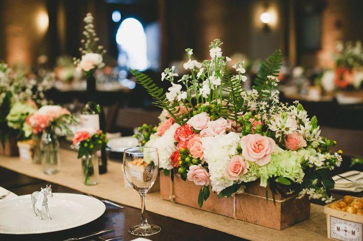 Centro de mesa matrimonio vintage Kharisma floral www.kharismafloral.com