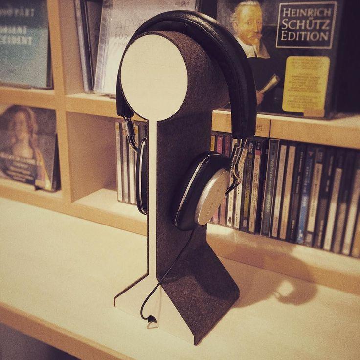 ヘッドフォンスタンドの試作 とりあえず使ってみます() #headphone #headphonestand  #audio #ヘッドフォン #ヘッドフォンスタンド #オーディオ #k452 #lasercutting #レーザー #フェルト #藤が丘 #雑貨 by k452fujigaoka