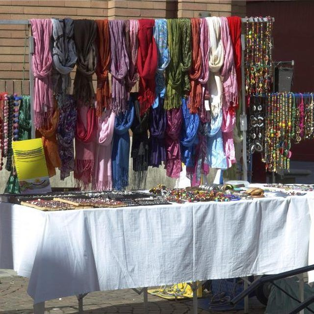 1000 Images About Diy Craft Show Display And Set Up Ideas