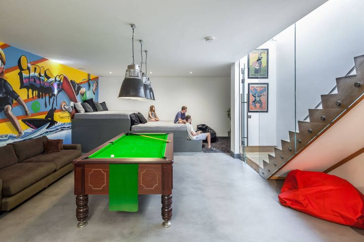 Tinity Hall : Living room by Riach Architects