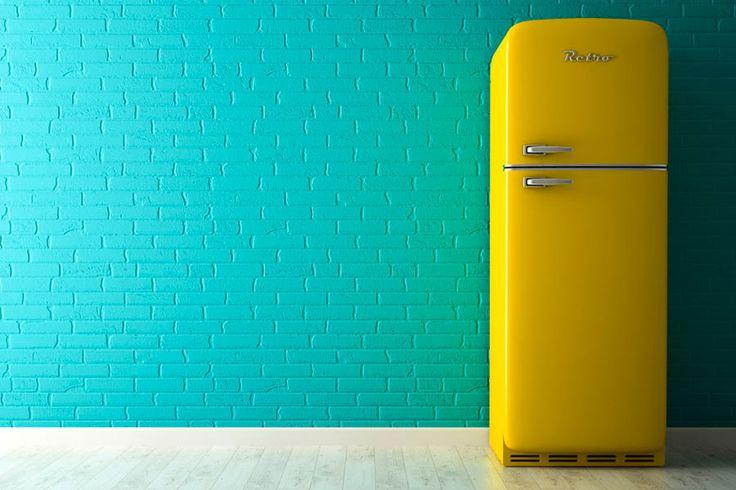 ***¿Cómo Pintar la Nevera?*** Aprende la técnica más fácil para pintar el refrigerador, y darle un aspecto sensacional, moderno y muy personal. ¡Haz que combine con tu decoración!....SIGUE LEYENDO EN... http://comohacerpara.com/pintar-la-nevera_18224h.html