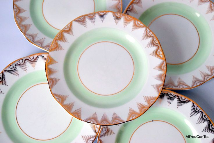 Gold and Geometric Pretty Bone China Dessert Plates c 1950 s by AllYouCanTea on & 27 best English Bone China Dessert Plates images on Pinterest | Bone ...