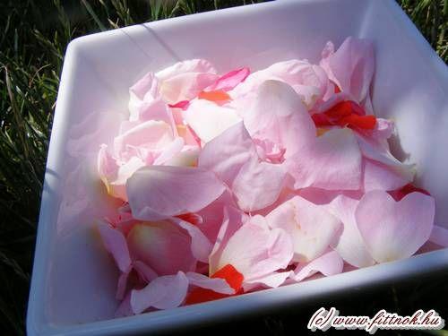 Arctonik, sminklemosó rózsavízből
