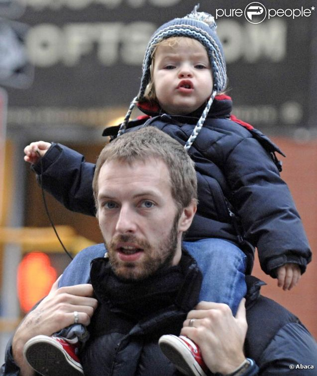 Chris Martin was out and about with his son, Moses, in New York City earlier this week. Description from thestylishchild.blogspot.com. I searched for this on bing.com/images