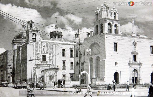 IglesiadeSanDiegoen la ciudad de Aguascalientes (c. 1943).
