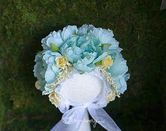 Sitter Floral Bonnet Spring lime green Vintage Flower bonnet