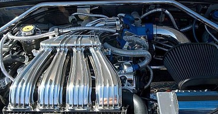 Cómo saber si la bomba de agua de un coche necesita cambiarse. Cómo saber si la bomba de agua de un coche necesita cambiarse. Este aparato del auto es muy importante debido a que mueve el refrigerante a través del sistema de enfriamiento del coche. Está impulsada por una correa y sólo funciona cuando el motor está funcionando. Las bombas de agua fallan con cierta regularidad, puedes esperar que necesite ser ...
