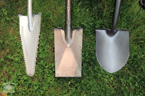 This guide will teach you how to tell the difference between shovels and spades, how to properly use them, and which tool to pick for which job.