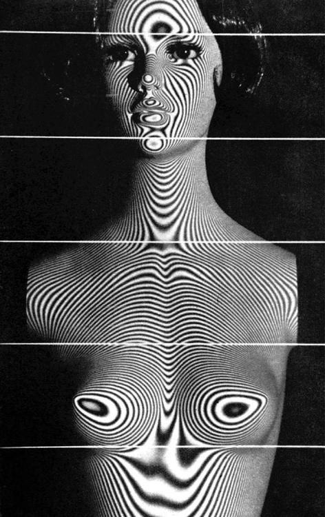 Hiroshi Takasaki - Geographic Photo of a Woman, 1971