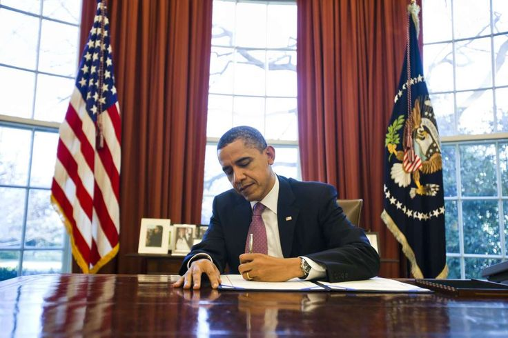 55 THINGS TO KNOW ABOUT US PRESIDENT BARACK OBAMA Obama is left-handed, making him the sixth post-War left-handed president. b - REX
