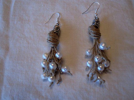 Pendientes hilo lino perlas naturales nudos hecho a mano estilo Mediterraneo blanco